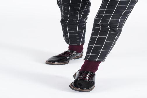 Chaussures à lacets Tamaris ALBANE Noir vue bas / vue portée sac