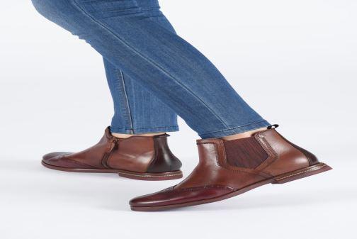 Bottines et boots Tamaris Luis Noir vue bas / vue portée sac