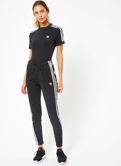 Vêtements adidas originals Regular Track Pants Cuffed Noir vue bas / vue portée sac