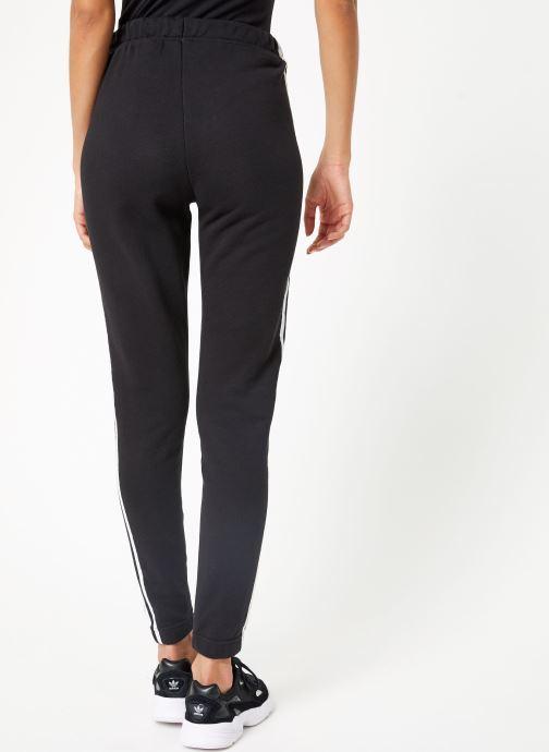 Vêtements adidas originals Regular Track Pants Cuffed Noir vue portées chaussures