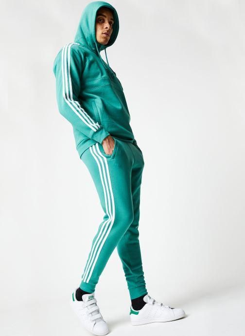 Vêtements adidas originals 3-Stripes Pant Vert vue bas / vue portée sac