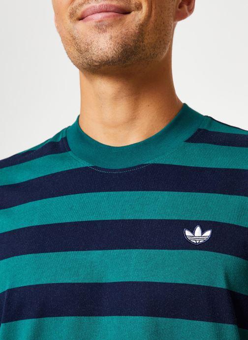 Vêtements adidas originals Stripe Tee Vert vue face