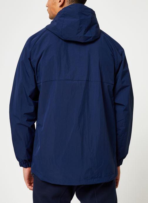 Vêtements adidas originals Shell Jacket Bleu vue portées chaussures