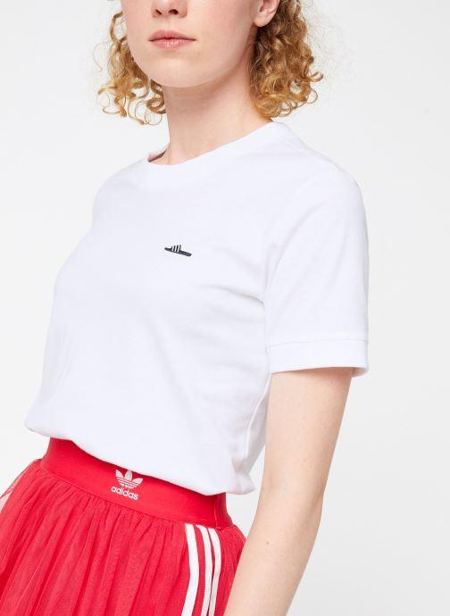 Vêtements adidas originals Tee-Shirt Blanc vue droite