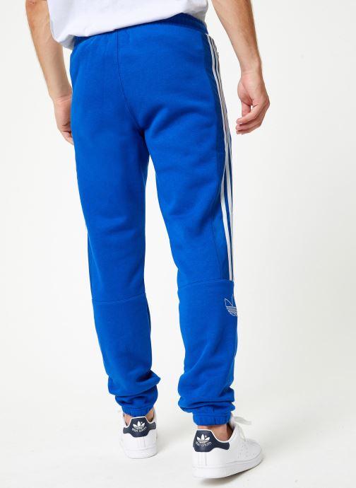 Vêtements adidas originals Outline Sp Flc Bleu vue portées chaussures
