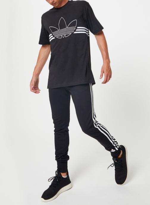 Kleding adidas originals Outline Trf Tee Zwart voorkant