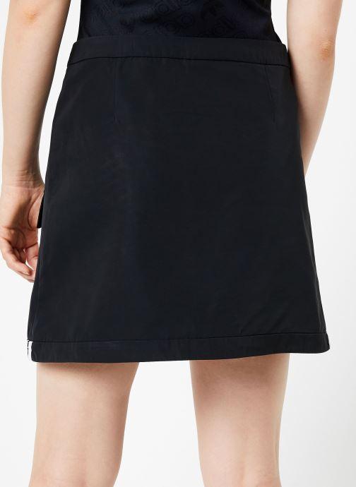 Vêtements adidas originals Skirt Noir vue portées chaussures