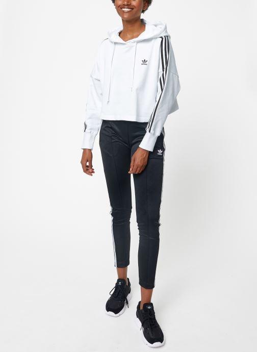 Vêtements adidas originals Cropped Hood Blanc vue bas / vue portée sac