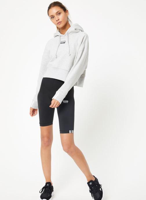 Vêtements adidas originals Vocal Crop Hood Blanc vue bas / vue portée sac