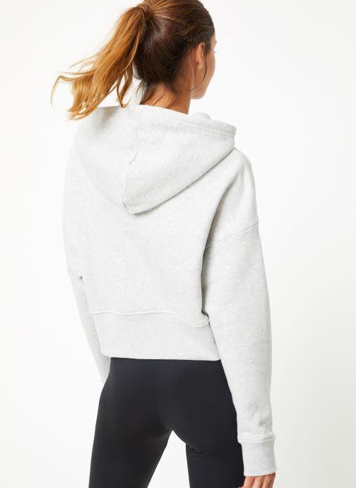 Vêtements adidas originals Vocal Crop Hood Blanc vue portées chaussures