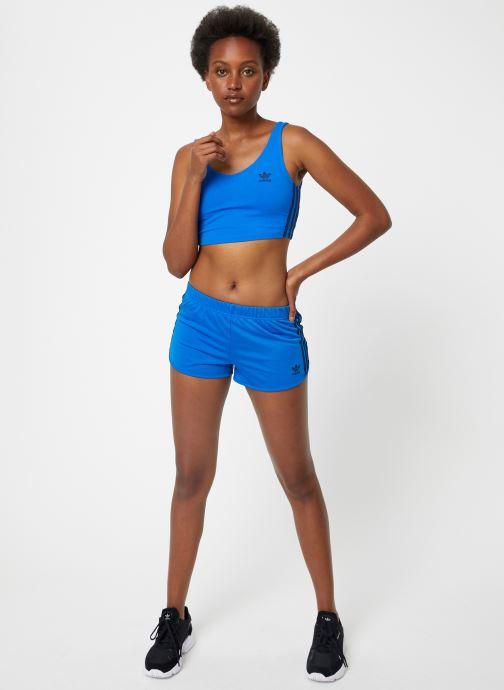 Vêtements adidas originals 3 Str Short Bleu vue bas / vue portée sac