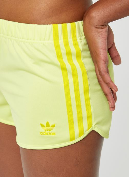 Vêtements adidas originals 3 Str Short Jaune vue face