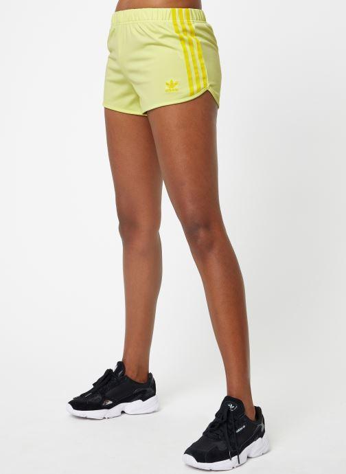 Vêtements adidas originals 3 Str Short Jaune vue détail/paire