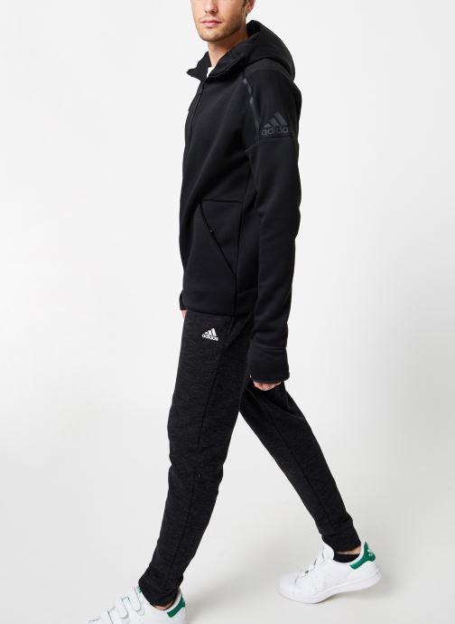 Vêtements adidas performance M Zne Hd Fr Noir vue bas / vue portée sac