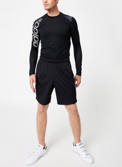 Vêtements adidas performance 4K_Tec Z 3Wv 8 Noir vue bas / vue portée sac