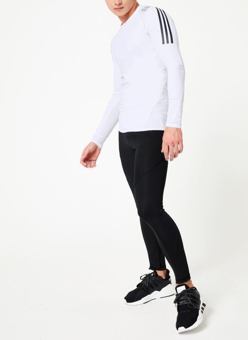 Vêtements adidas performance Ask Spr Ls 3S Blanc vue bas / vue portée sac