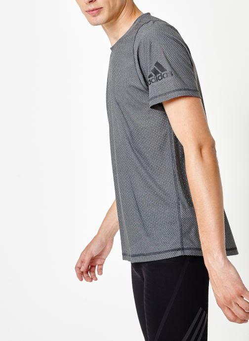 Vêtements adidas performance Knit Jacqd T Noir vue droite