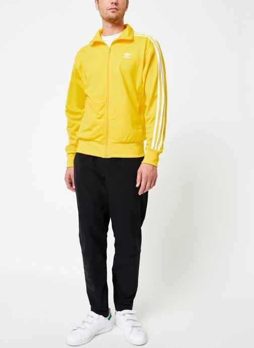 Vêtements adidas performance M Zne Pnt Wvn Noir vue bas / vue portée sac