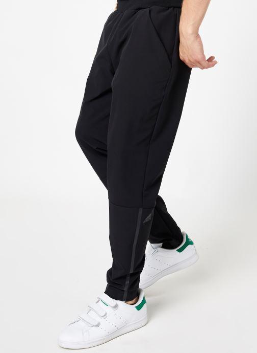Vêtements adidas performance M Zne Pnt Wvn Noir vue détail/paire