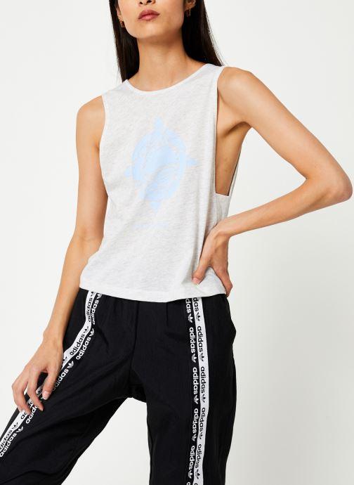 Vêtements adidas performance Graphic Tank Wl Blanc vue détail/paire