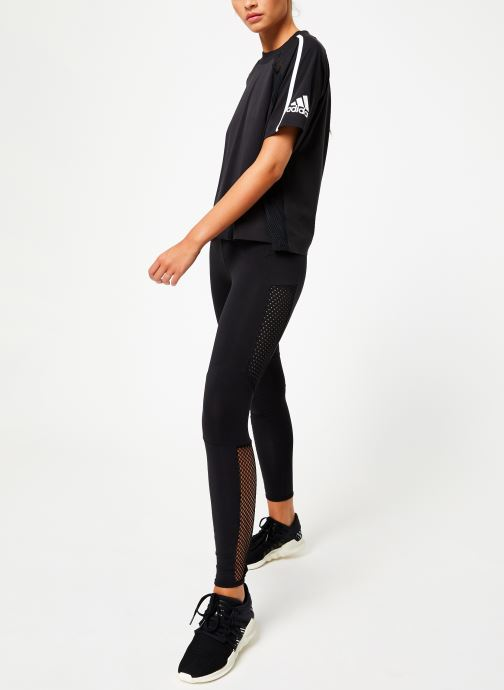 Vêtements adidas performance W Zne Tee Noir vue bas / vue portée sac
