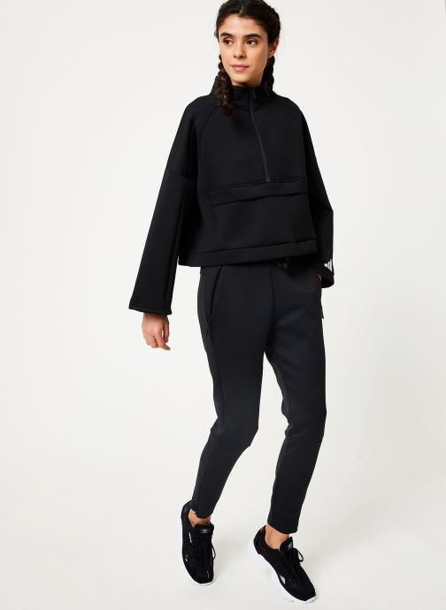 Vêtements adidas performance W Zne Pt Noir vue bas / vue portée sac