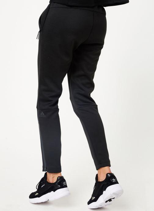 Vêtements adidas performance W Zne Pt Noir vue portées chaussures