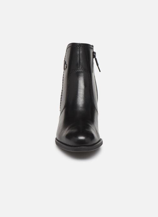 Bottines et boots Tamaris Doli Noir vue portées chaussures
