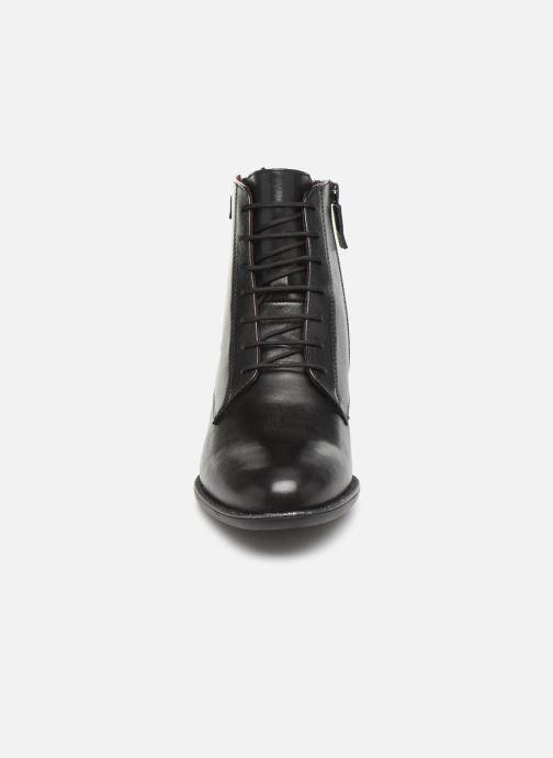Boots en enkellaarsjes Tamaris Silvia Zwart model