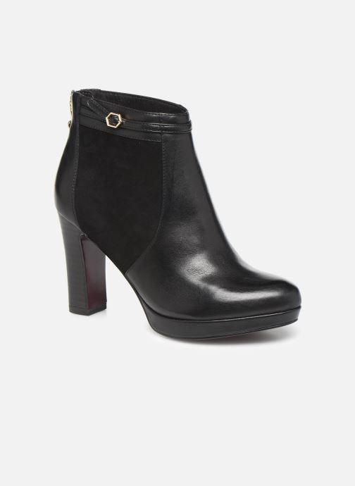 Bottines et boots Tamaris ESTRID BIS Noir vue détail/paire