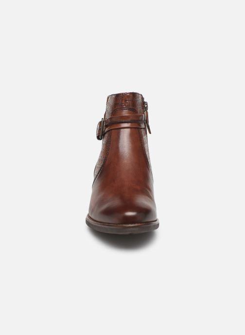 Bottines et boots Tamaris Greyia bis Marron vue portées chaussures
