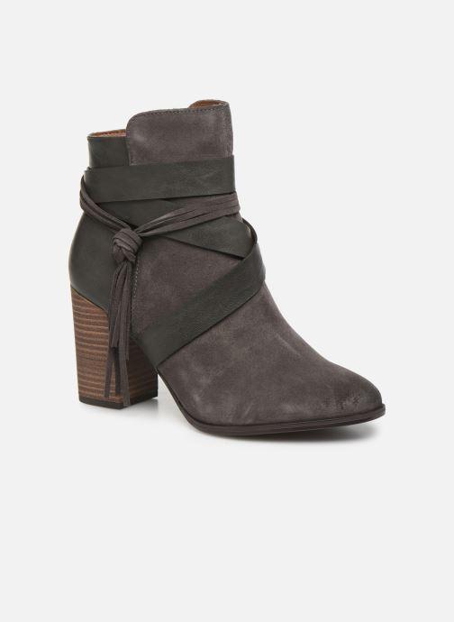 Bottines et boots Tamaris Sandy Gris vue détail/paire