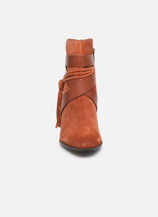 Boots en enkellaarsjes Tamaris Sandy Bruin model