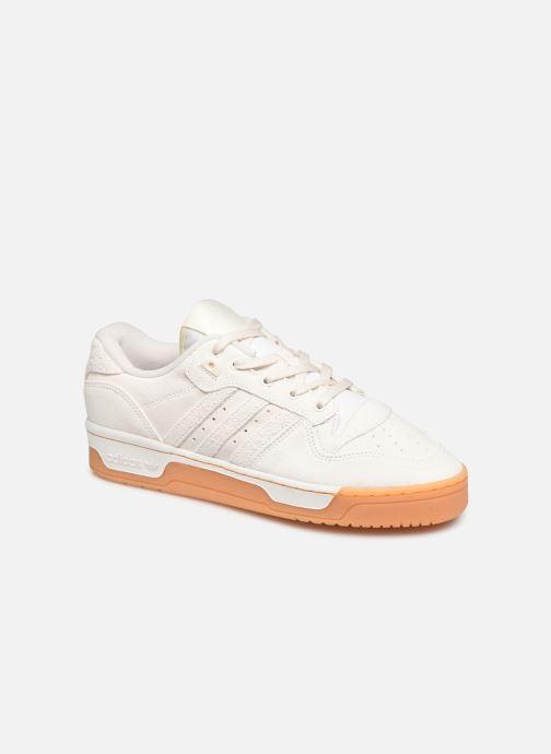 Baskets adidas originals Rivalry Low Blanc vue détail/paire