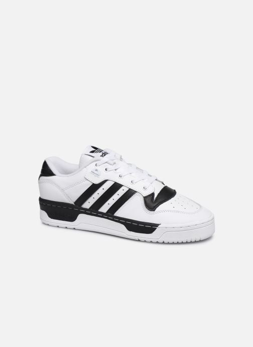 Baskets adidas originals Rivalry Low Blanc vue détail/paire