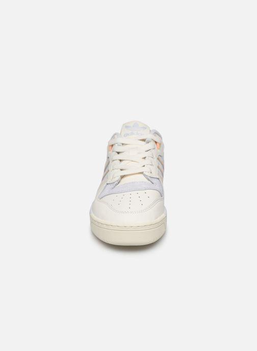 Sneaker adidas originals Rivalry Low W weiß schuhe getragen