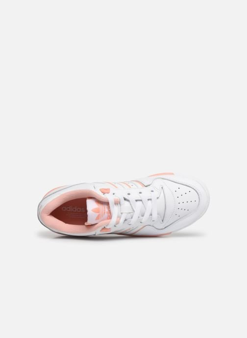 Trainers adidas originals Rivalry Low W White view from the left