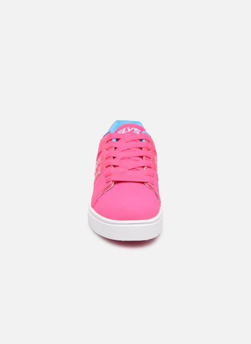 Baskets Heelys Racer Rose vue portées chaussures