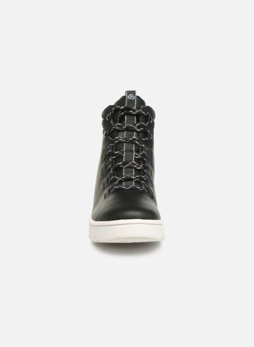 Chaussures de sport Cloudsteppers by Clarks Step ExplorHi. Noir vue portées chaussures