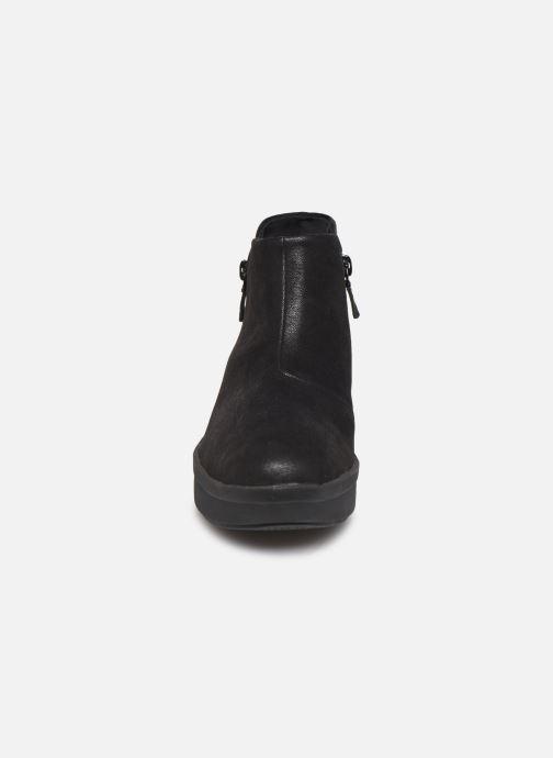 Bottines et boots Cloudsteppers by Clarks Step Rose Up Noir vue portées chaussures