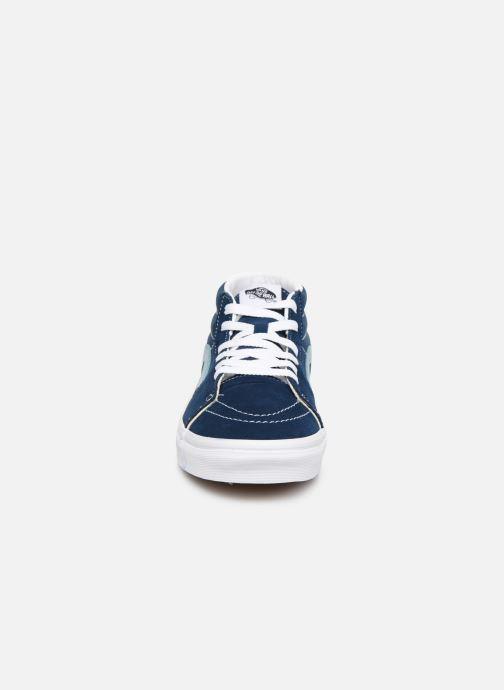 Baskets Vans SK8 Mid Bleu vue portées chaussures