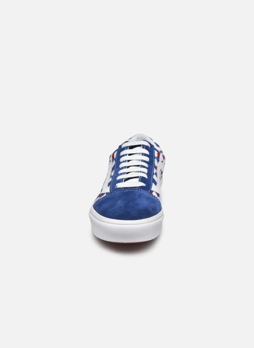 Sneaker Vans ComfyCush Old Skool W blau schuhe getragen
