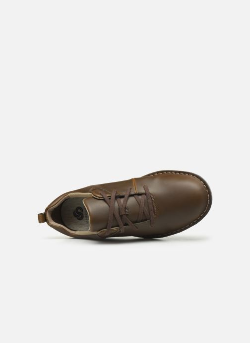 Lace-up shoes Cloudsteppers by Clarks Step Welt Free Brown view from the left