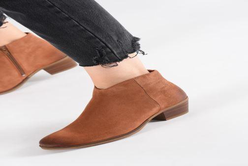Bottines et boots Clarks Mila Myth Noir vue bas / vue portée sac
