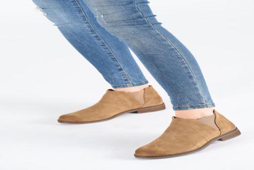 Bottines et boots Clarks Demi Beat Beige vue bas / vue portée sac