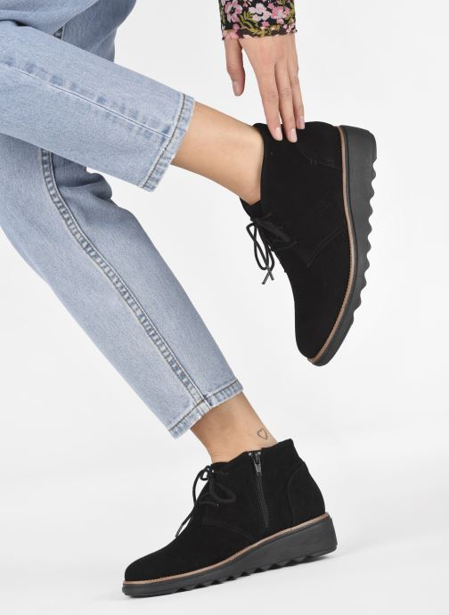 Ankle boots Clarks Sharon Hop Black view from underneath / model view