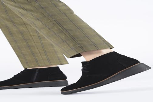 Bottines et boots Clarks Sharon Hop Bordeaux vue bas / vue portée sac