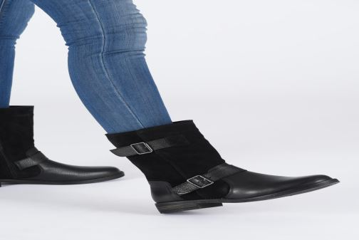 Ankle boots Clarks Demi Flow Black view from underneath / model view