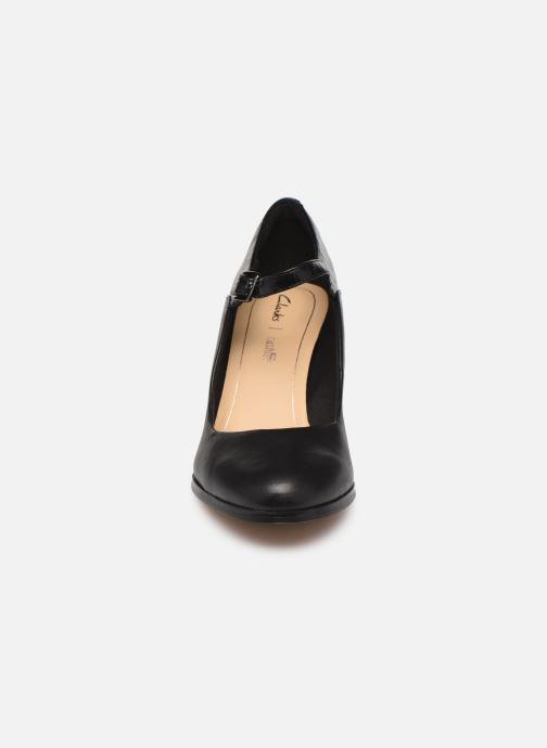 Escarpins Clarks Kaylin Alba Noir vue portées chaussures