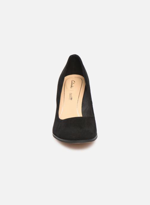Zapatos de tacón Clarks Kaylin Cara Negro vista del modelo